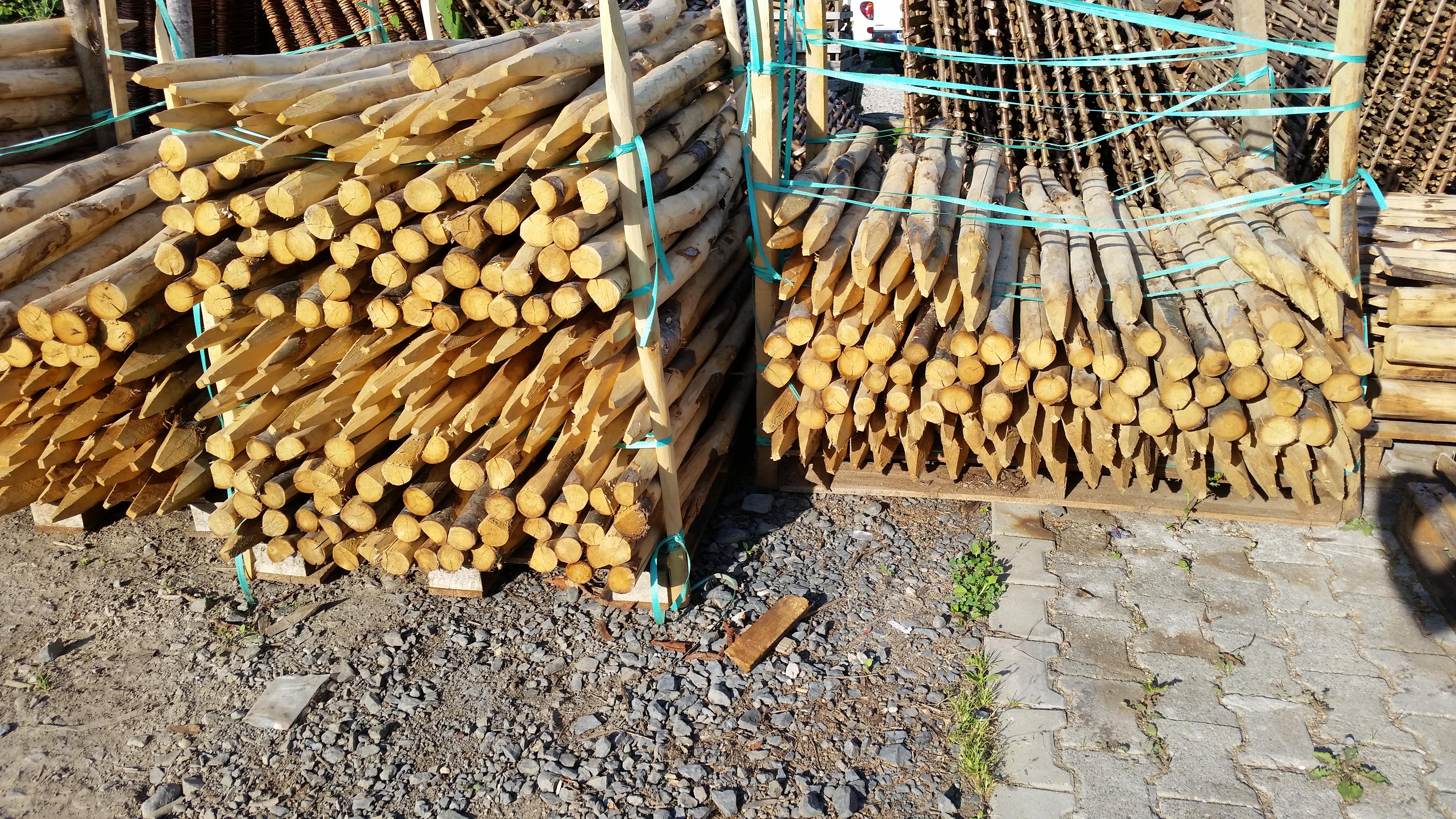 Kastanienholzpfosten 150cm